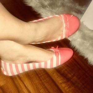 Shoes - BOW BALLET CORAL STRIPED FLATS SHOES SIZE 8-9